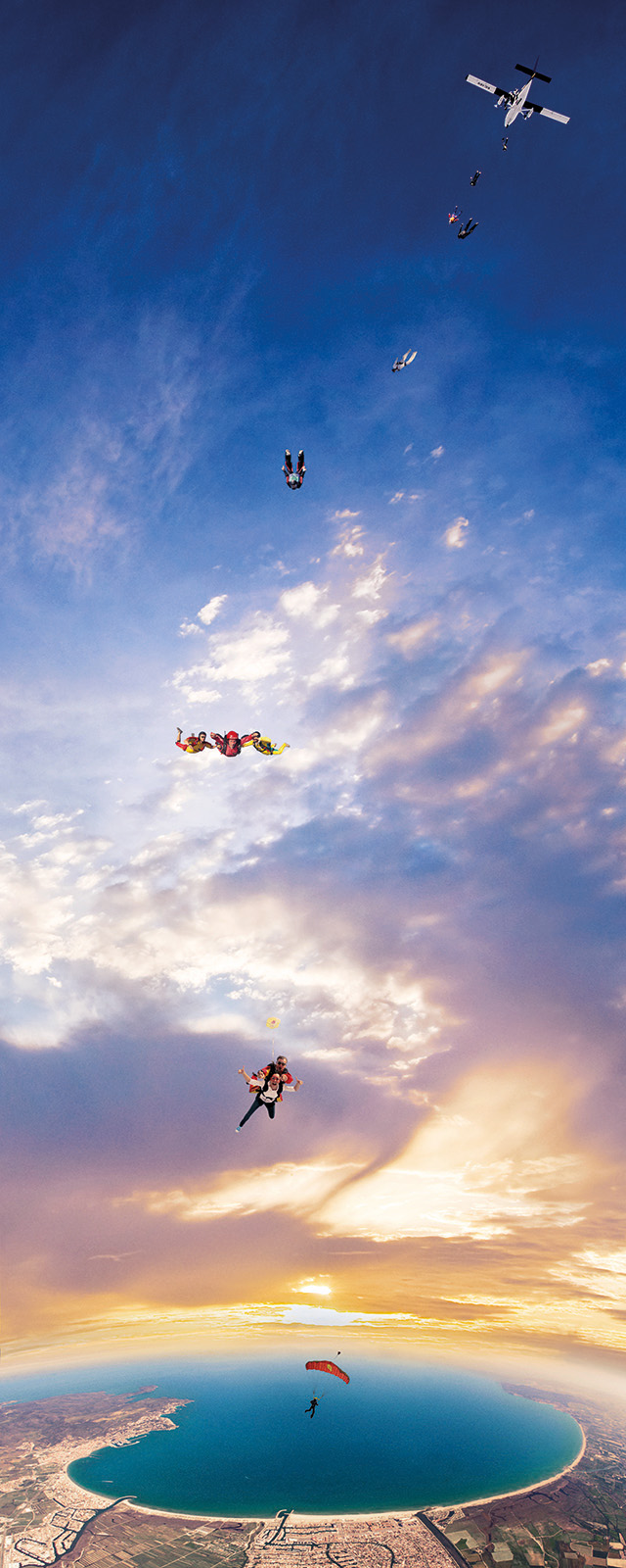 MrJohnSample-Skydive_640x1600