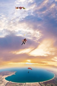MrJohnSample-Skydive_640x905
