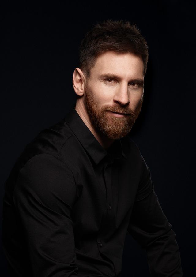 Huawei P10 Messi photo